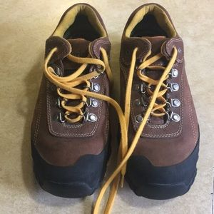 Timberland men's shoes 7sz barely used